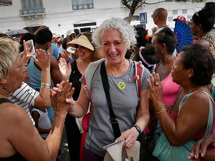 americans crying in cuba in the firs cruise to cuba