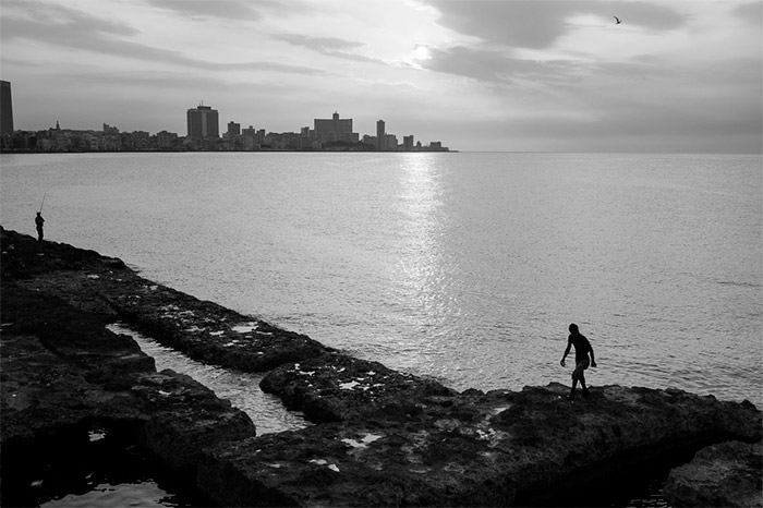 panoramic photo of havana bahia in black and white